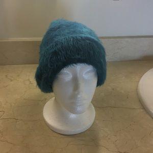 unbranded Accessories - Turquoise furry skull cap